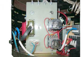 Блок искровой зашиты электронный с регулировкой чувствительности защиты от пробоя и перегрузки